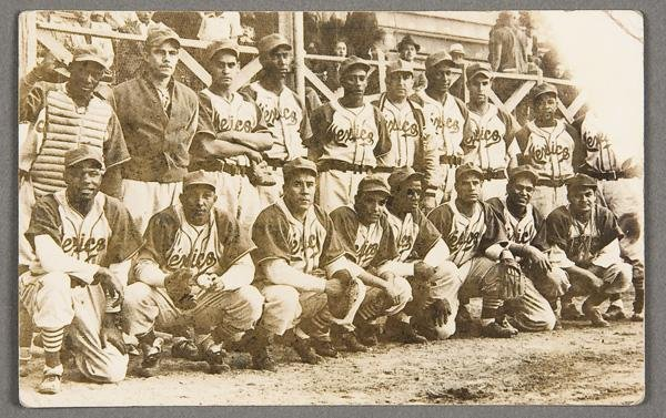 9: BLACK MEMORABILIA: BASEBALL REAL PHOTO POSTCARD
