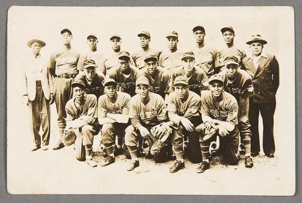10: BLACK MEMORABILIA: BASEBALL REAL PHOTO POSTCARD
