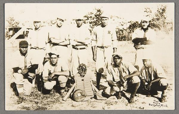 12: BLACK MEMORABILIA: BASEBALL REAL PHOTO POSTCARD