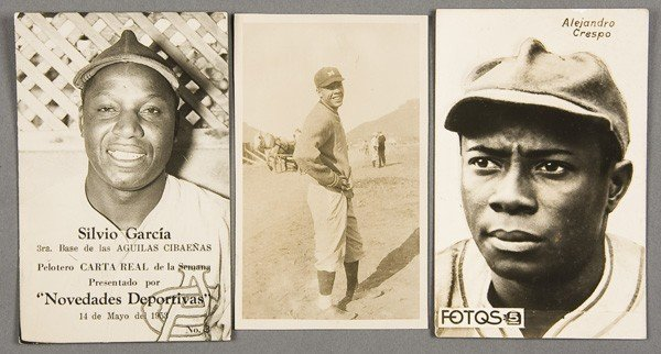 19: BLACK MEMORABILIA: BASEBALL REAL PHOTO POSTCARDS