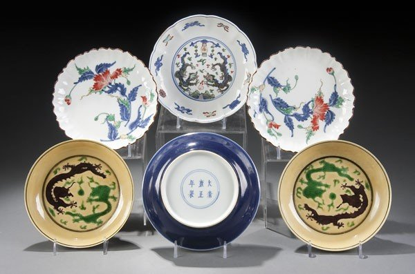 12: 6 CHINESE DECORATED PORCELAIN LOW BOWLS