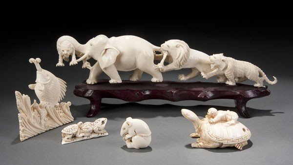 211: 5 PC GROUP OF CARVED IVORY
