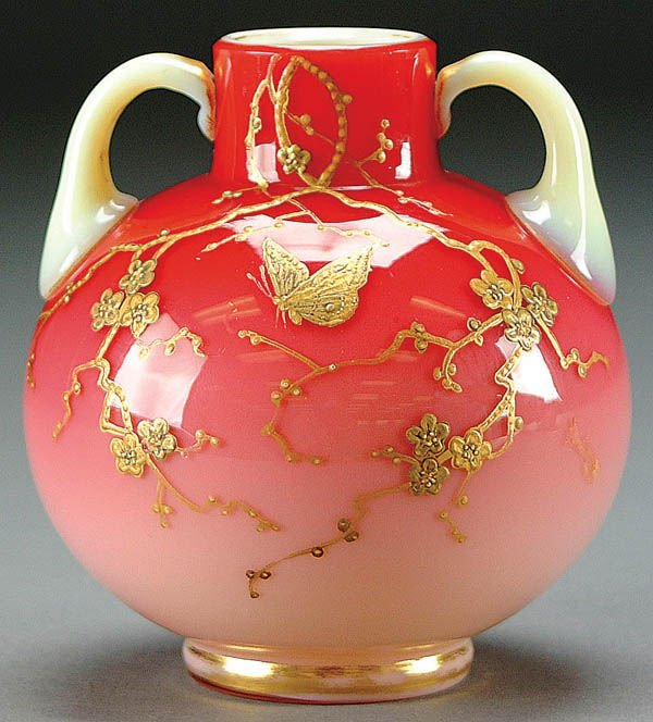 14: AN ENGLISH ENAMELED PEACHBLOW HANDLED VASE with g