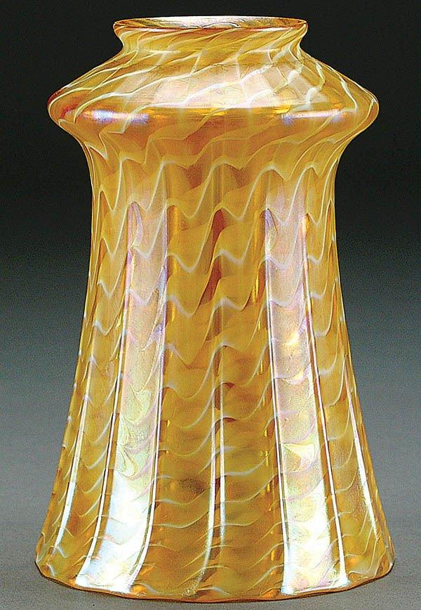 12: A QUEZAL ART GLASS SHADE circa 1910, in gold irid