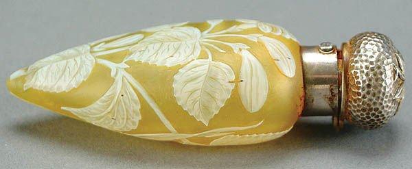 7: AN ENGLISH CAMEO GLASS PERFUME circa 1900, in cit