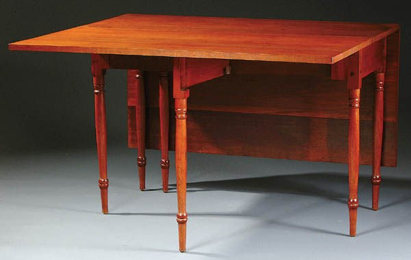 374: AN AMERICAN FEDERAL PERIOD DROP LEAF DINING TABLE