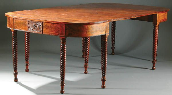 368: A VERY FINE BANQUET TABLE, AMERICAN FEDERAL PERIO