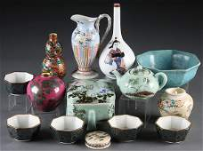 149 A CHINESE AND JAPANESE CERAMIC GROUP 19TH20TH C