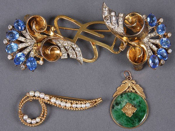 659C: A DECORATIVE JEWELRY GROUP