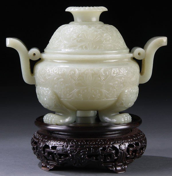 459: A FINE CHINESE CARVED WHITE JADE COVERED KORO