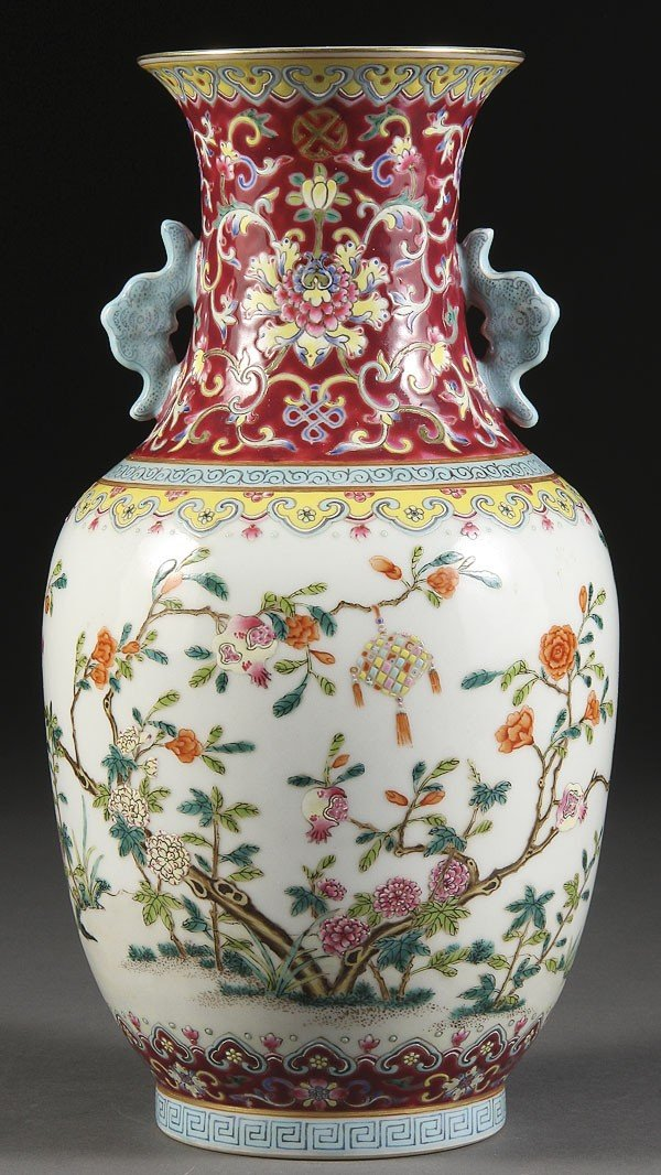 6: CHINESE FAMILLE ROSE IMPERIAL STYLE PORCELAIN VASE