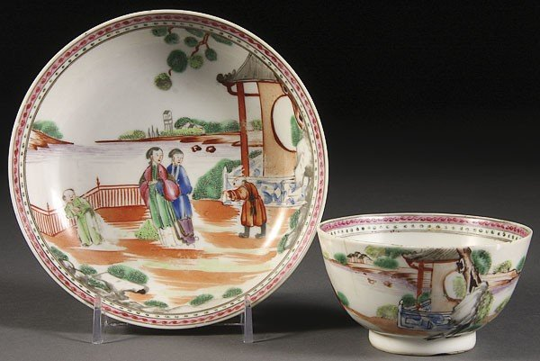 23: A CHINESE EXPORT PORCELAIN CUP & SAUCER, 18TH/19THC