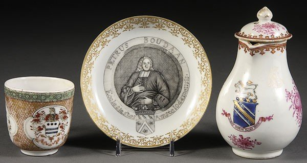 24: A CHINESE EXPORT PORCELAIN GROUP, 18TH/19TH CENTURY