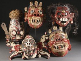 AN ORIENTAL & PACIFIC RIM CULTURE CARVED MASKS