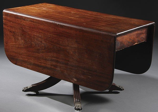 529:  EARLY AMERICAN FEDERAL PERIOD MAHOGANY TABLE