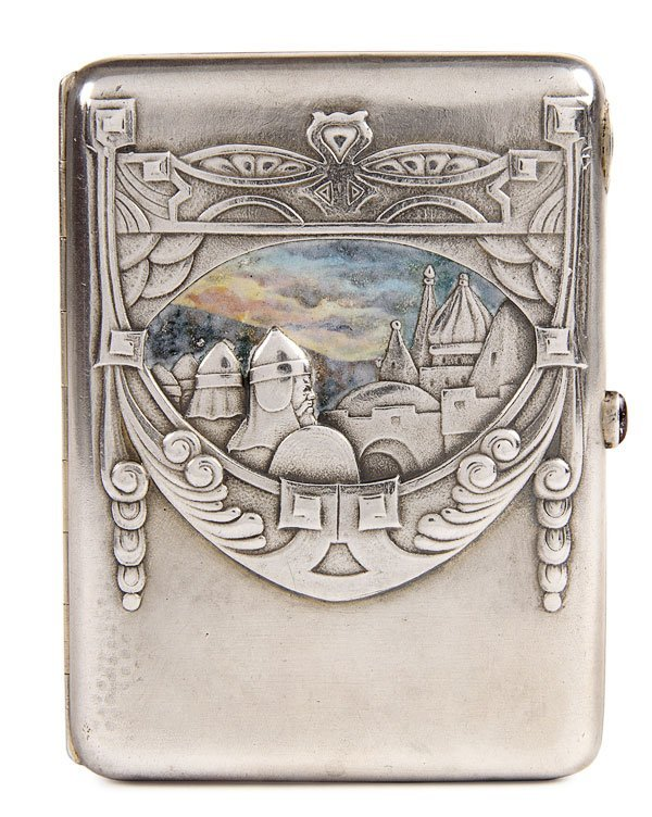 15: RUSSIAN SILVER AND EN PLEIN ENAMEL CIGARETTE CASE