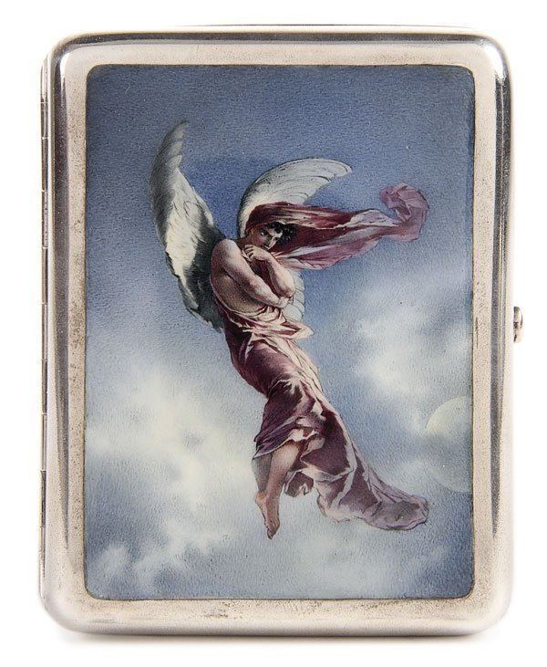 17: RUSSIAN SILVER AND EN PLEIN ENAMEL CIGARETTE CASE