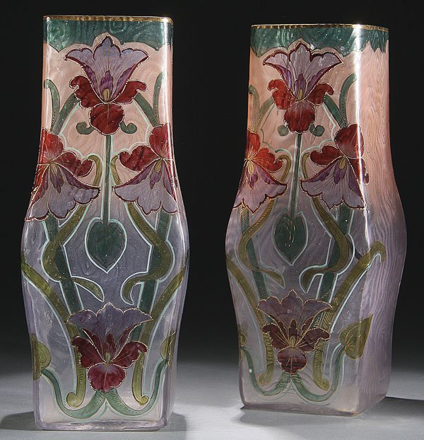 556:  ART NOUVEAU MANTLE VASE PAIR, LATE 19TH C