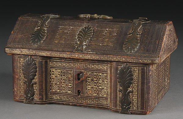 747: FRENCH RENAISSANCE LEATHER AND BRONZE CASKET