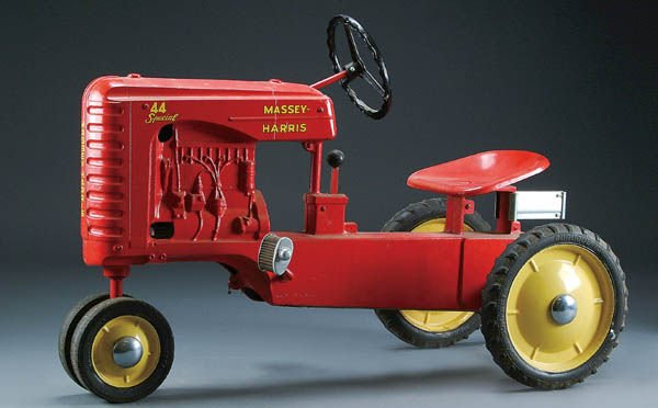 9: A MASSEY HARRIS MODEL 44 LARGE TYPE I PEDAL TRACT