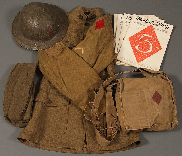 AN AMERICAN WWI UNIFORM AND EQUIPMENT GROUP