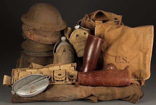 A COLLECTION OF U.S. WWI EQUIPMENT