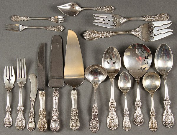 STERLING SILVER FLATWARE 194 TROY .OZ