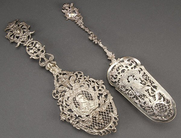 SILVER SERVING SPOONS, CONTINENTAL, PAIR