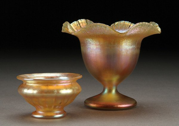 562: A TIFFANY AND QUEZAL ART GLASS GROUP