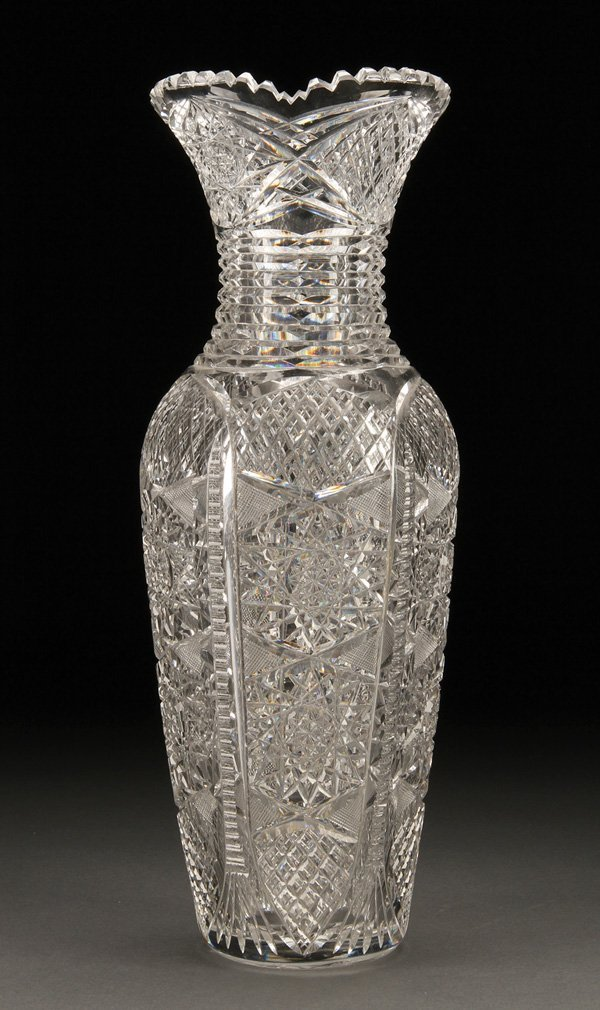 568: AMERICAN BRILLIANT CUT GLASS TABLE VASE
