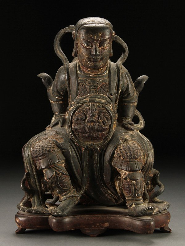 1058: A LARGE CHINESE LATE MING STYLE BRONZE FIGURE