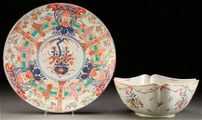 A CHINESE EXPORT PORCELAIN AND IMARI GROUP