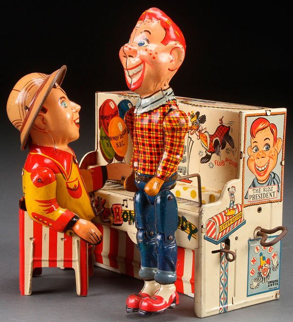 A UNIQUE ART HOWDY DOODY AND BOB SMITH BAND TOY,