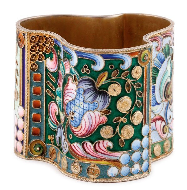 A RUSSIAN SILVER-GILT AND ENAMELED NAPKIN RING