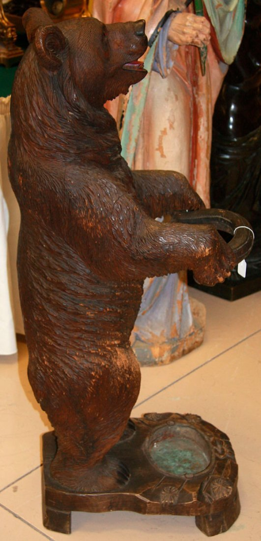 A BLACK FOREST SWISS CARVED BEAR UMBRELLA STAND - 6