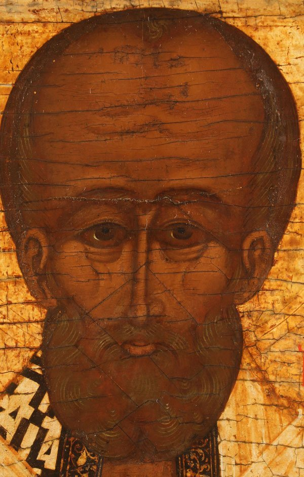 A FINE RUSSIAN ICON OF SAINT NICHOLAS, 16TH CENTURY - 3
