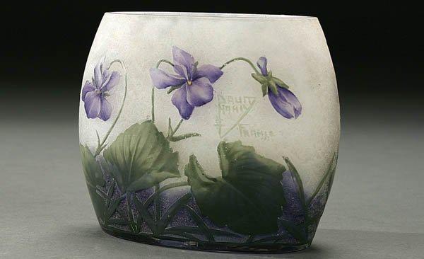508: A DAUM ENAMELED FRENCH CAMEO GLASS VASE circa 191