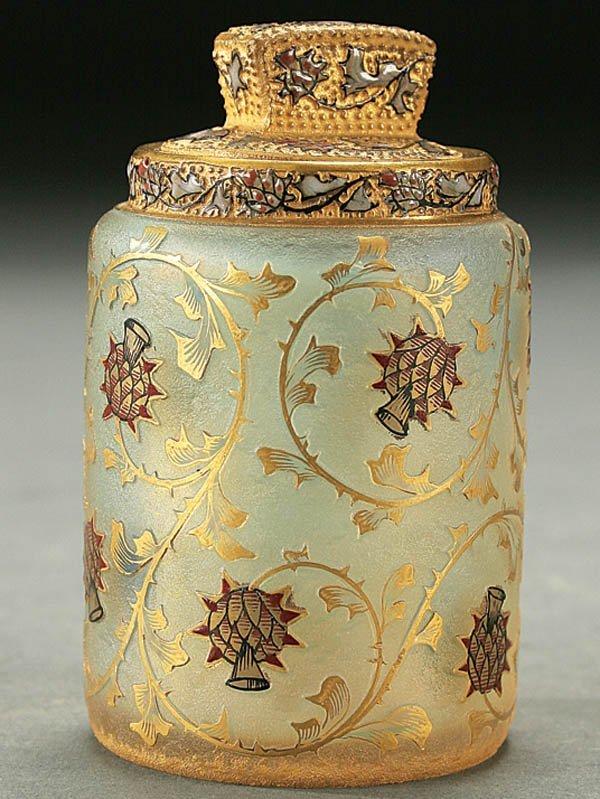 518: A FINE DAUM ENAMELED CAMEO GLASS LIDDED JAR circa