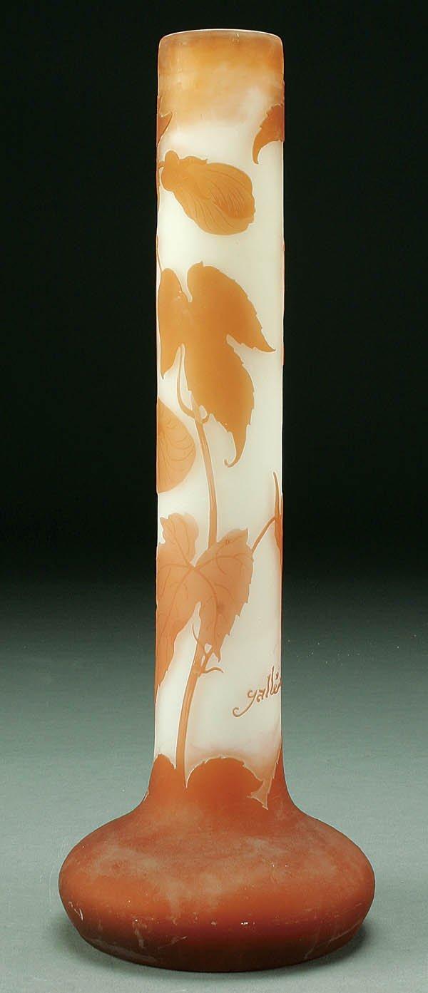 521: A GALLÉ FRENCH CAMEO GLASS VASE circa 1915 in gra