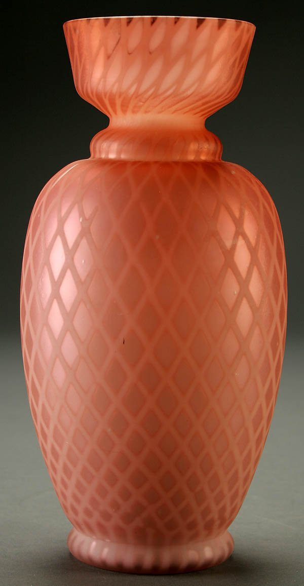 12: A FINE MOTHER-OF-PEARL GLASS VASE late 19th centu