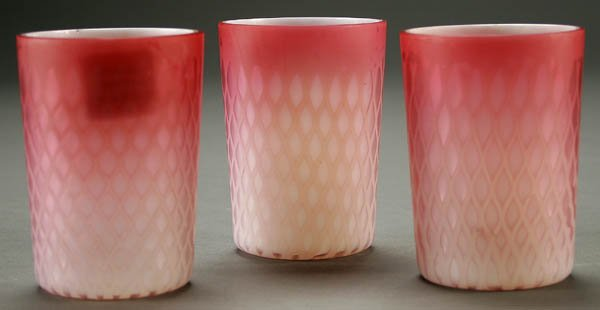 15: THREE PINK MOTHER-OF-PEARL TUMBLERS circa 1890, e