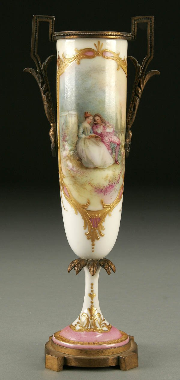 754A: A FRENCH ORMOLU MOUNTED PORCELAIN URN early 20th