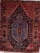 1561: A GOOD HAND WOVEN ORIENTAL PERSIAN HERIZ RUG some