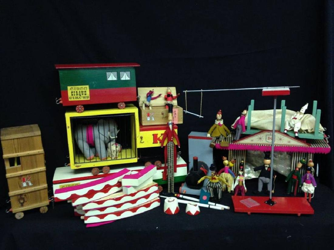 Wood Circus Play Set With Circus Train Felt Animals