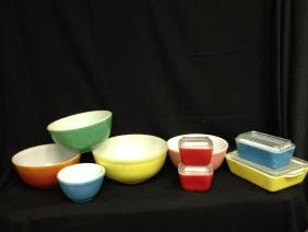 Lot Of Vintage Primary Color Pyrex Kitchenware 5 Mixing