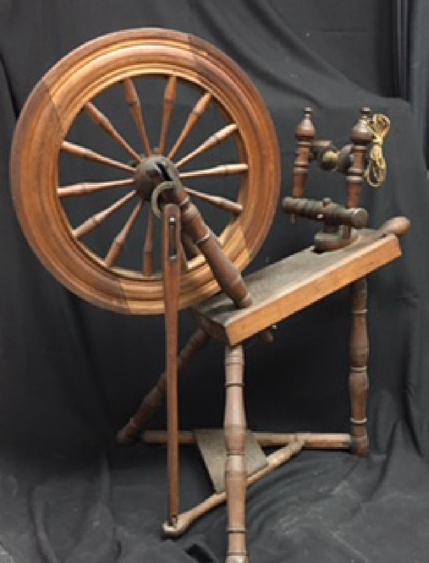 Large Antique Wood Spinning Wheel With Foot Paddle
