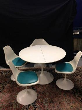 White Herman Miller Knoll 42 Inch Round Table With 3