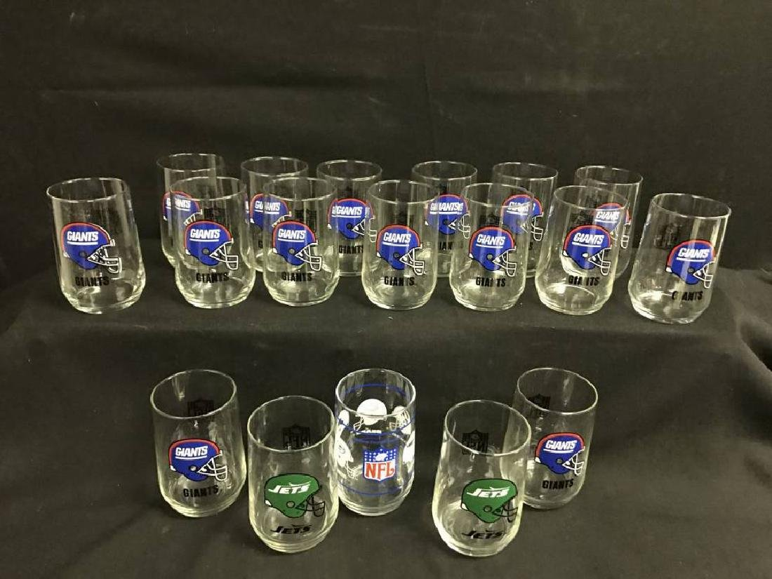 Lot Of 17 Giants Jets And Nfl Glasses