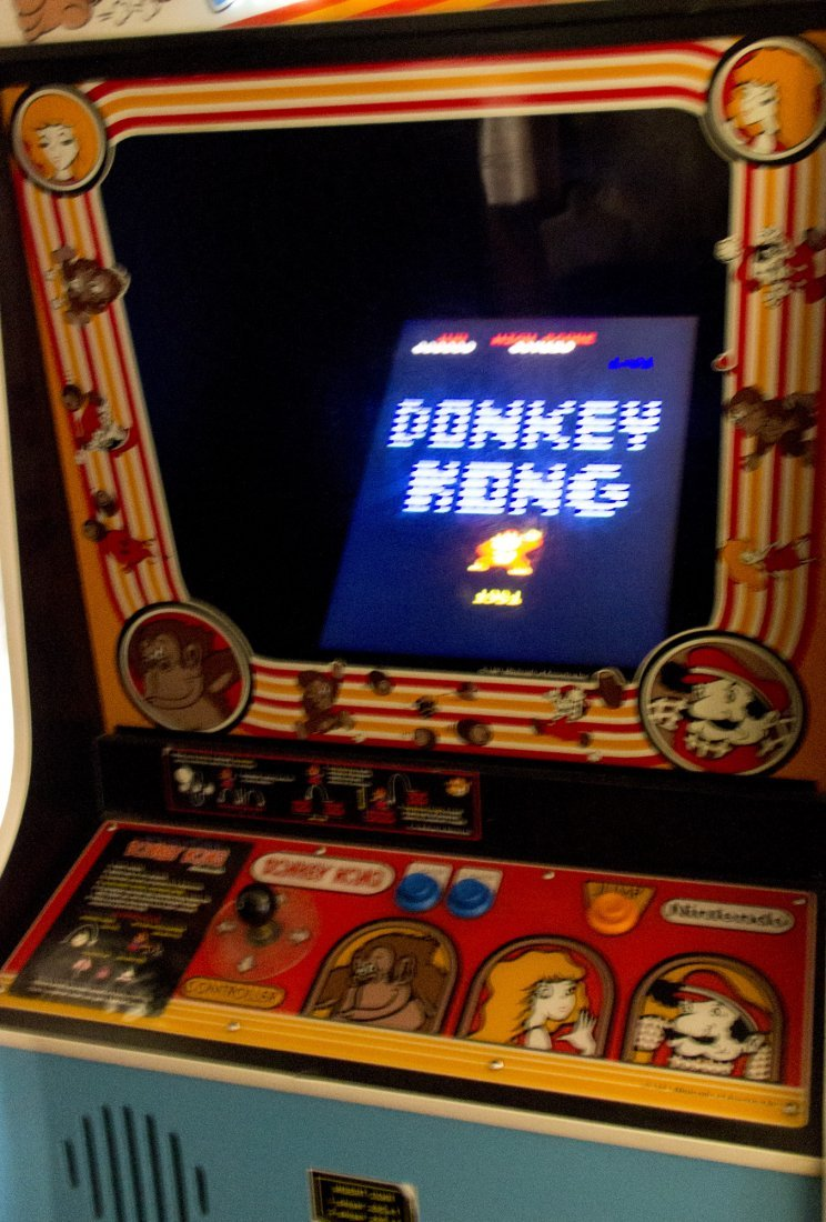 Donkey Kong Working Arcade Game Console from Pixels - 3