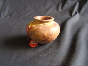 424: Pre-Columbian  Jar